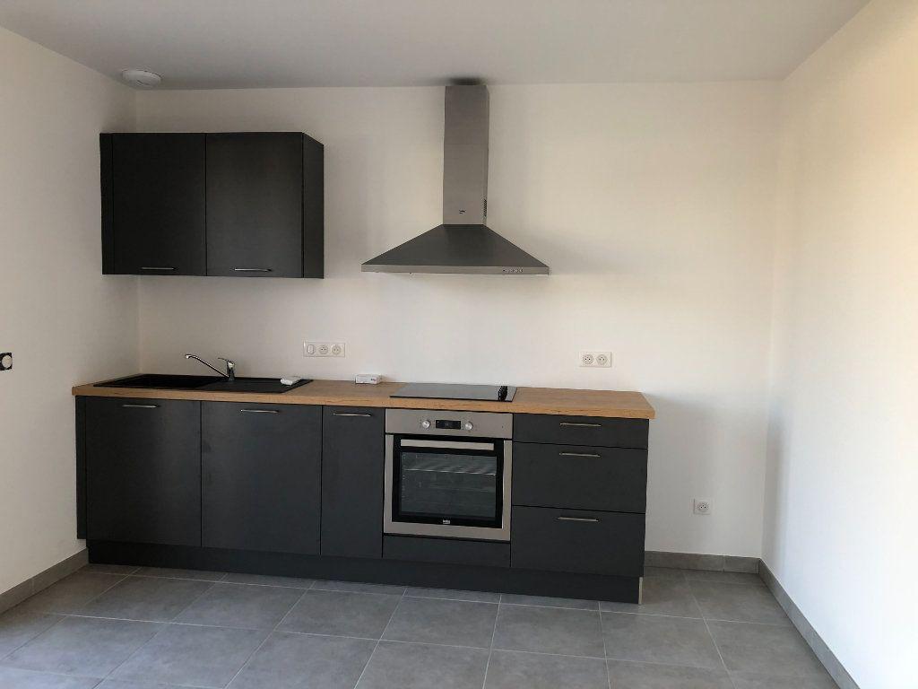 Maison à louer 4 100.42m2 à Limoges vignette-2