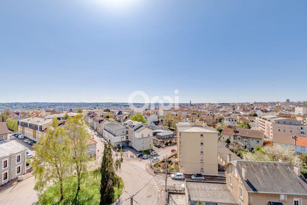 Appartement à vendre 4 83m2 à Limoges vignette-4