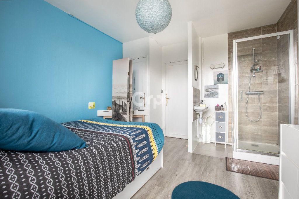 Appartement à vendre 5 86.36m2 à Limoges vignette-3