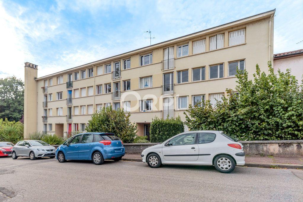 Appartement à vendre 5 86.36m2 à Limoges vignette-6