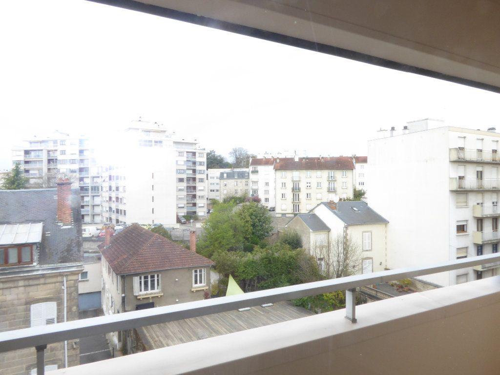 Appartement à louer 2 50.43m2 à Limoges vignette-6