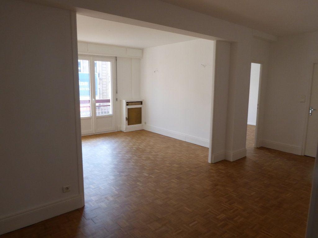 Appartement à louer 3 84.71m2 à Limoges vignette-5