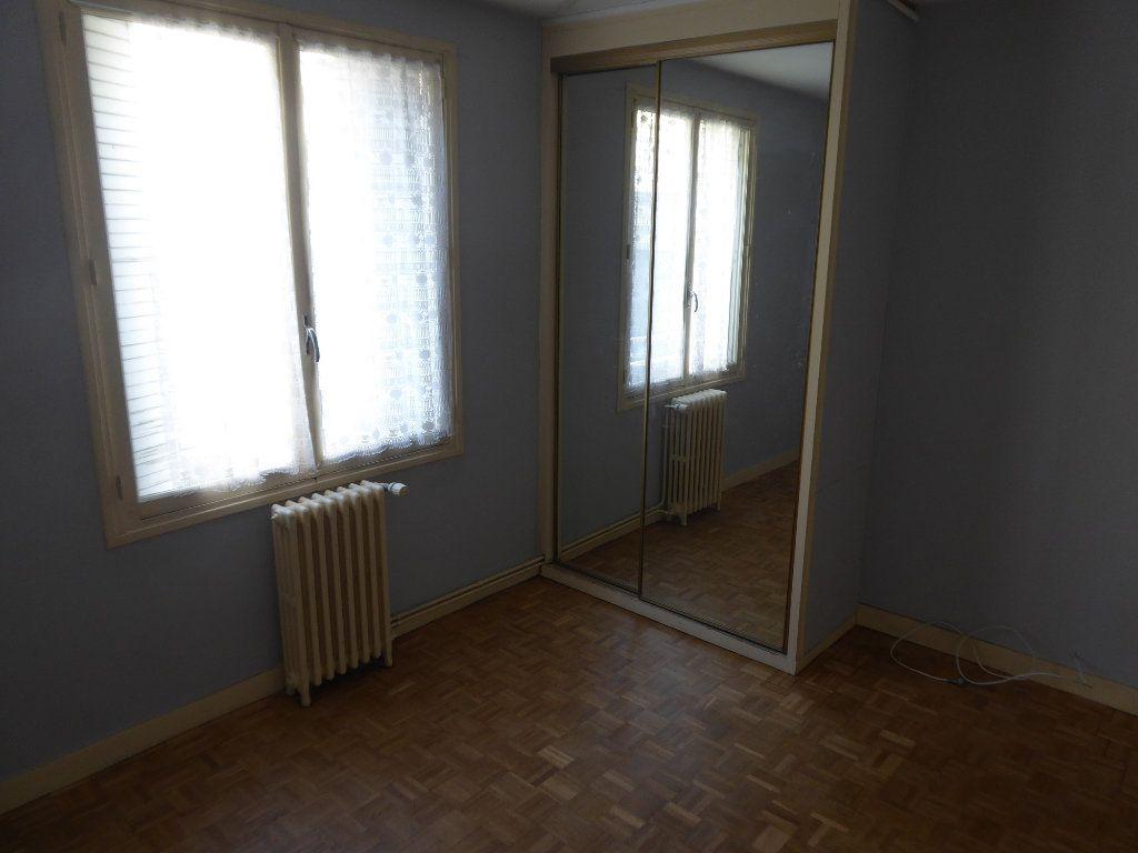 Appartement à louer 3 84.71m2 à Limoges vignette-7