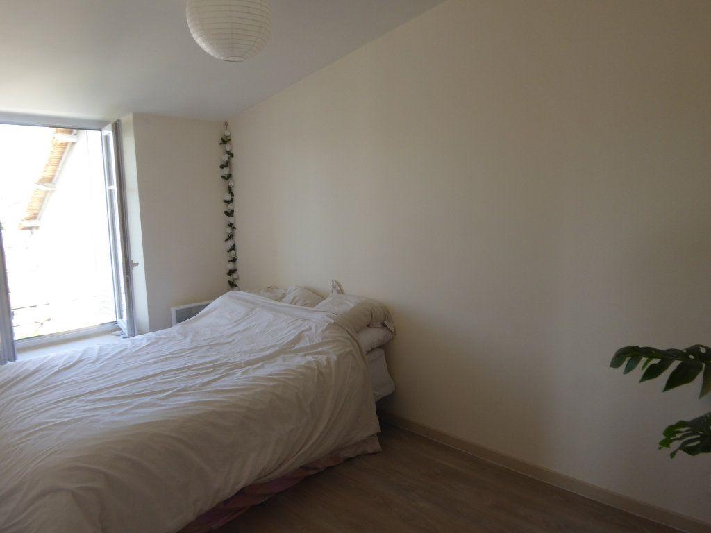 Appartement à louer 3 40m2 à Limoges vignette-4
