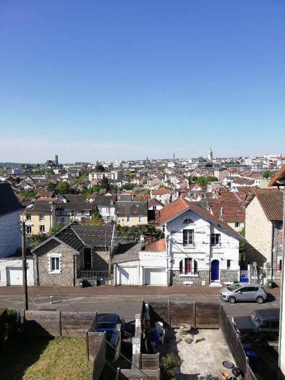 Appartement à louer 3 40m2 à Limoges vignette-7