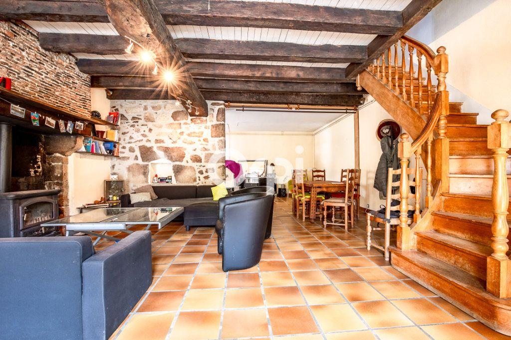Maison à louer 5 163.56m2 à Feytiat vignette-5