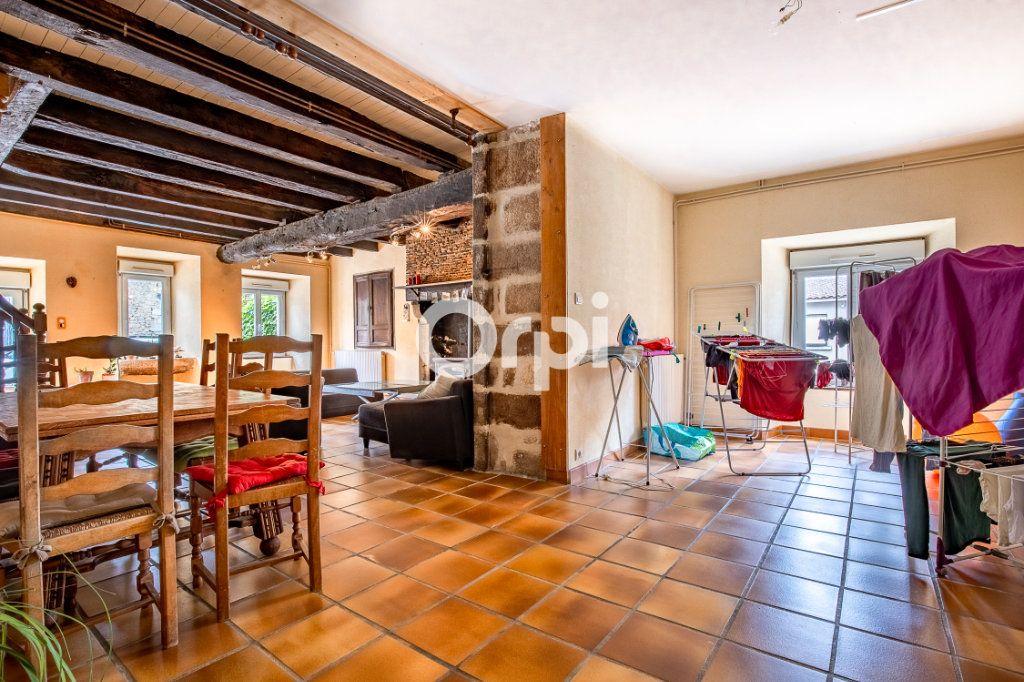 Maison à louer 5 163.56m2 à Feytiat vignette-6