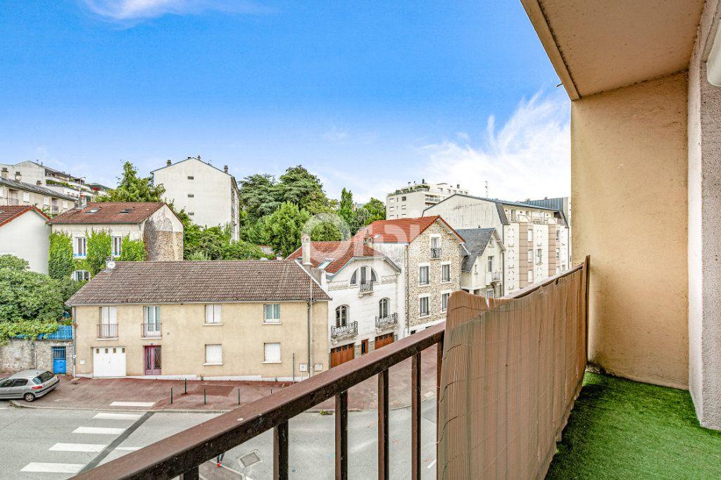 Appartement à louer 4 82.6m2 à Limoges vignette-1