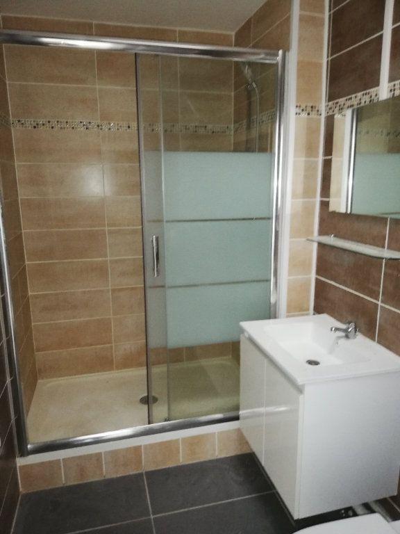 Appartement à louer 2 44.45m2 à Limoges vignette-3