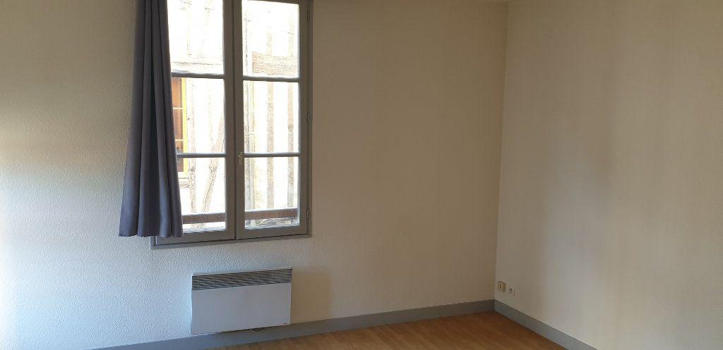 Appartement à louer 1 21.83m2 à Limoges vignette-3