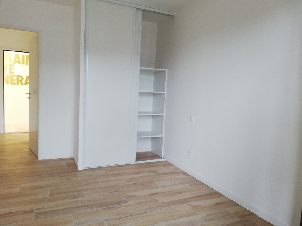 Appartement à louer 2 37.69m2 à Biscarrosse vignette-3