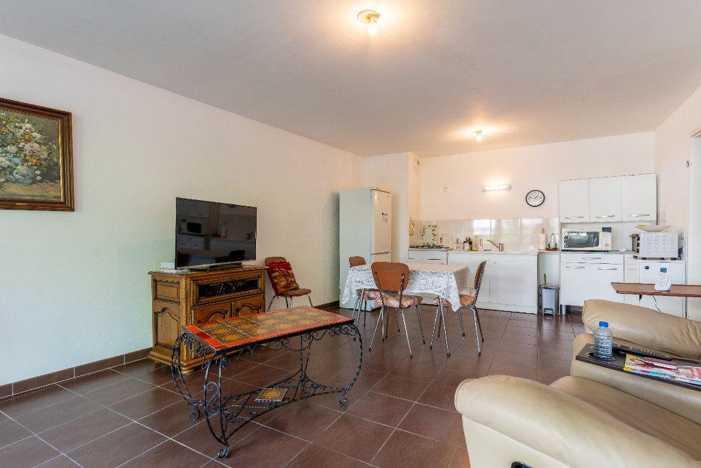 Appartement à vendre 3 68.8m2 à La Teste-de-Buch vignette-3