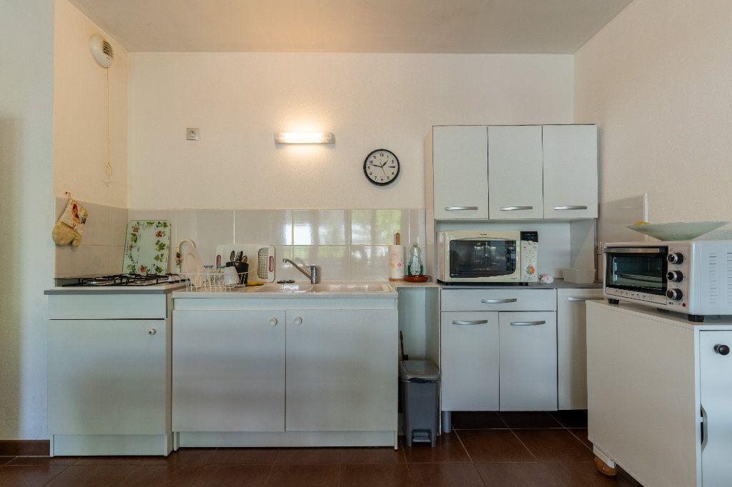 Appartement à vendre 3 68.8m2 à La Teste-de-Buch vignette-4