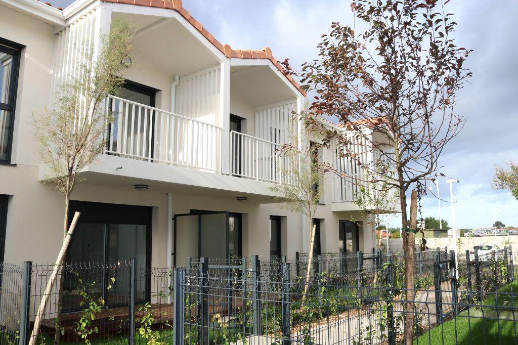 Appartement à louer 2 38.89m2 à Biscarrosse vignette-6