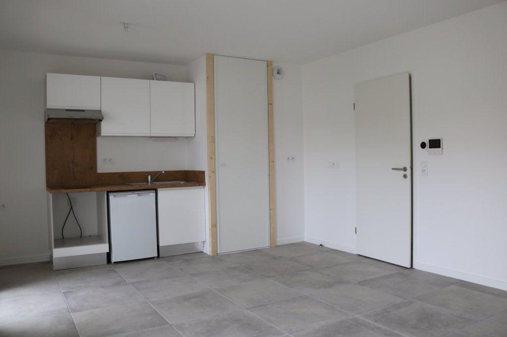 Appartement à louer 3 61.47m2 à Biscarrosse vignette-1