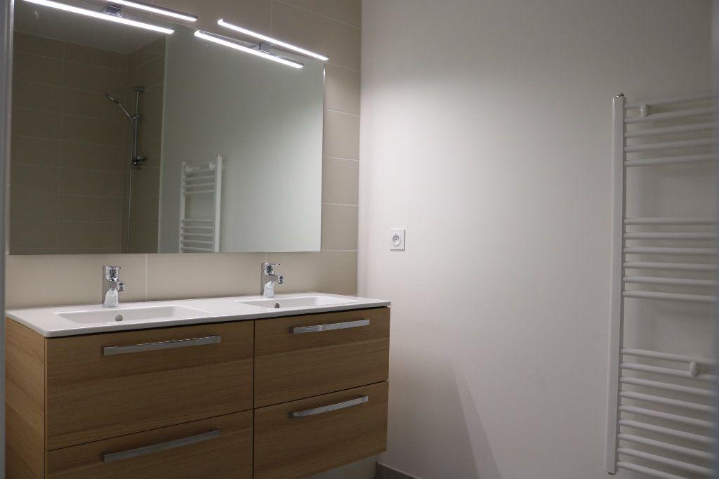 Appartement à louer 3 61.47m2 à Biscarrosse vignette-6