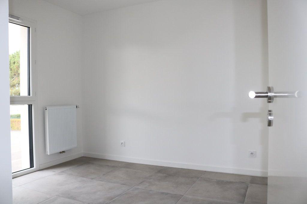 Appartement à louer 3 61.47m2 à Biscarrosse vignette-8