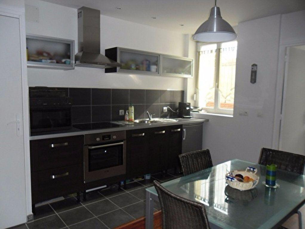 Appartement à louer 1 35m2 à Reims vignette-5