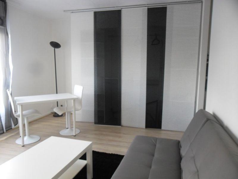 Appartement à louer 1 31m2 à Reims vignette-1