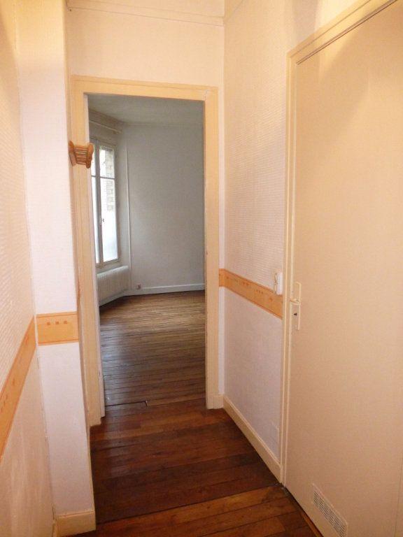 Appartement à louer 2 47m2 à Reims vignette-8