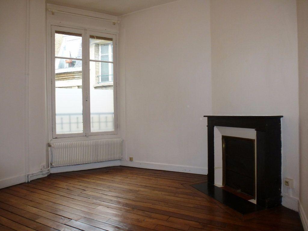 Appartement à louer 2 47m2 à Reims vignette-9