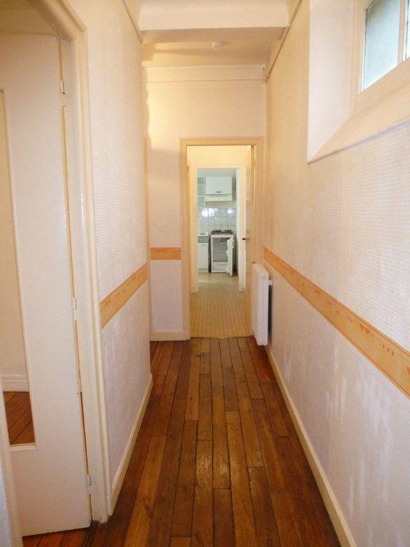 Appartement à louer 2 47m2 à Reims vignette-10