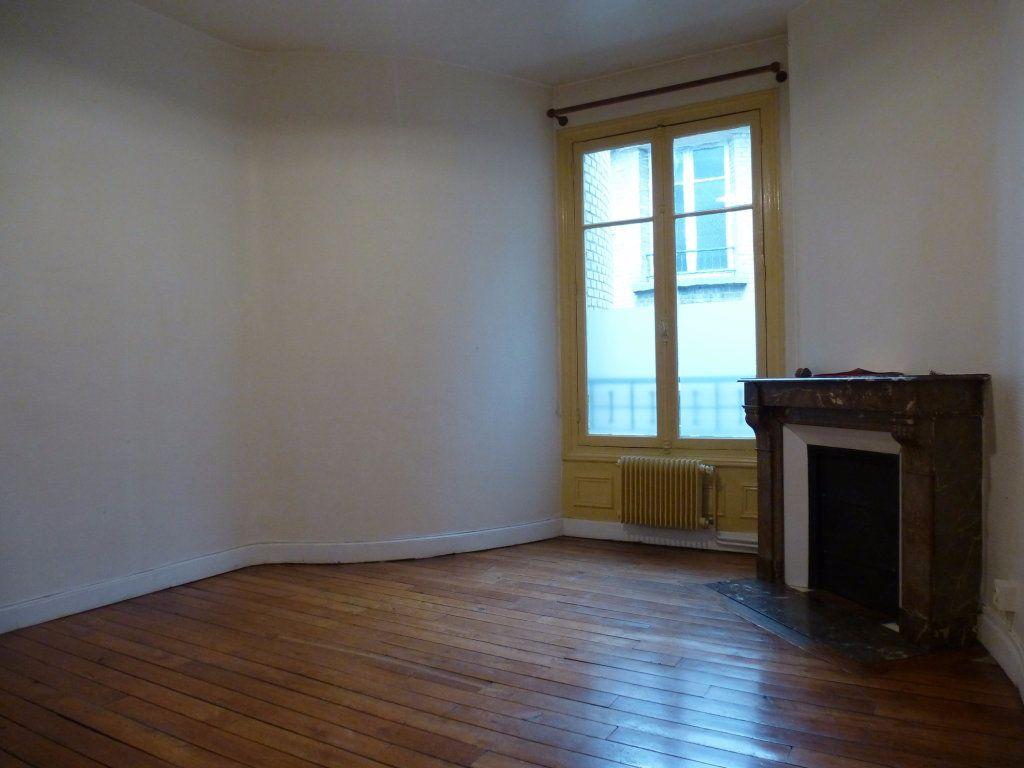 Appartement à louer 2 47m2 à Reims vignette-11