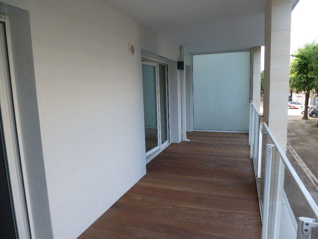 Appartement à louer 2 50.3m2 à Reims vignette-7