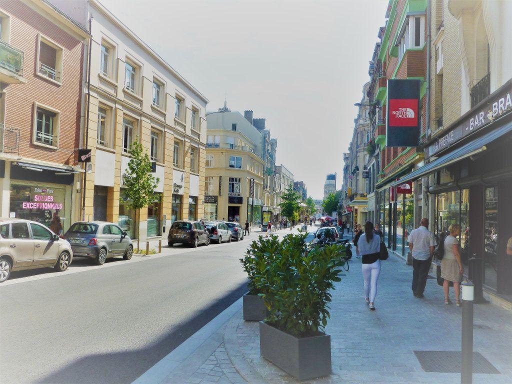 Appartement à louer 1 35m2 à Reims vignette-7