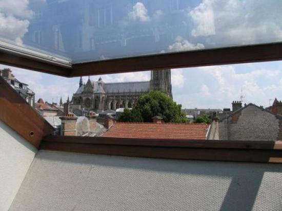 Appartement à louer 1 35m2 à Reims vignette-11