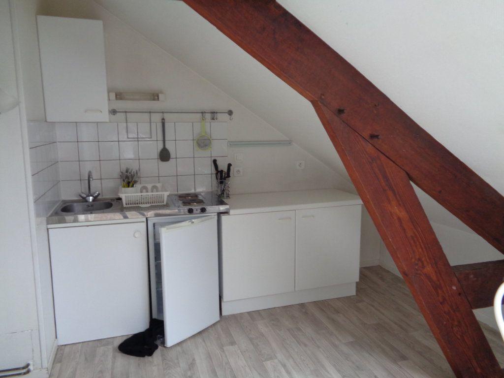 Appartement à louer 1 35m2 à Reims vignette-12