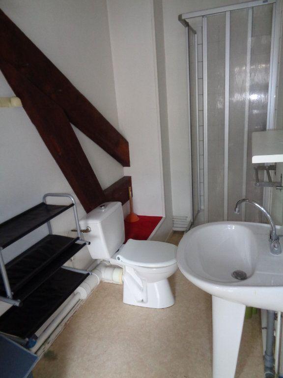 Appartement à louer 1 35m2 à Reims vignette-13