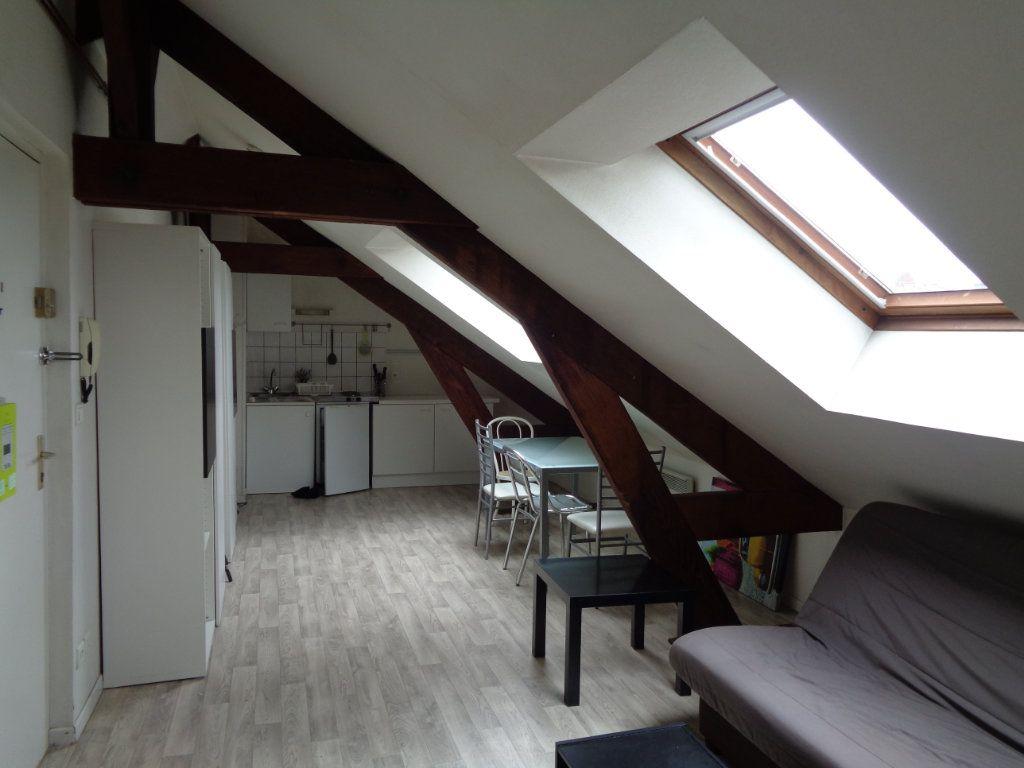 Appartement à louer 1 35m2 à Reims vignette-14