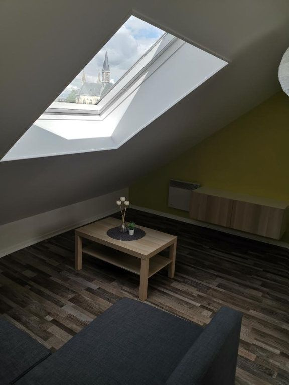 Appartement à louer 1 37.1m2 à Reims vignette-4