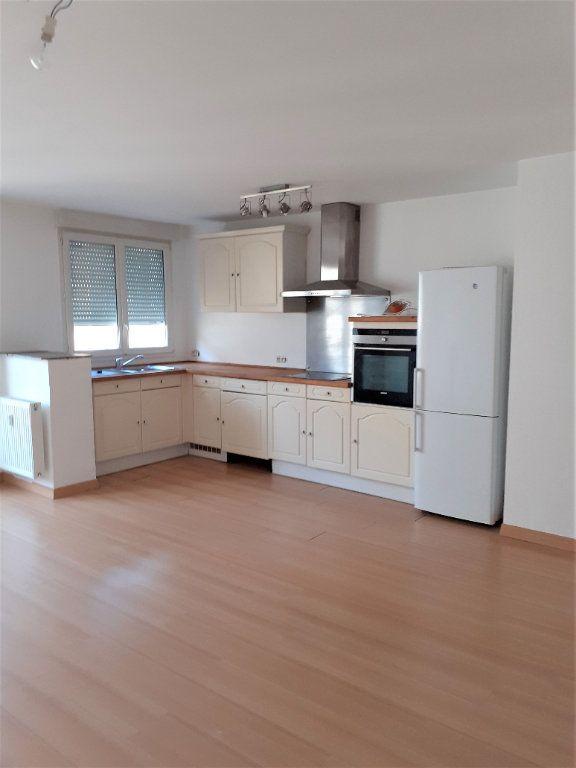 Appartement à louer 3 73m2 à Reims vignette-2