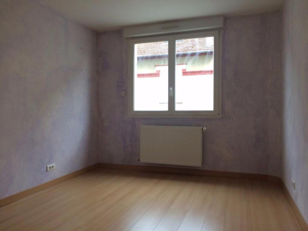 Appartement à louer 3 73m2 à Reims vignette-7
