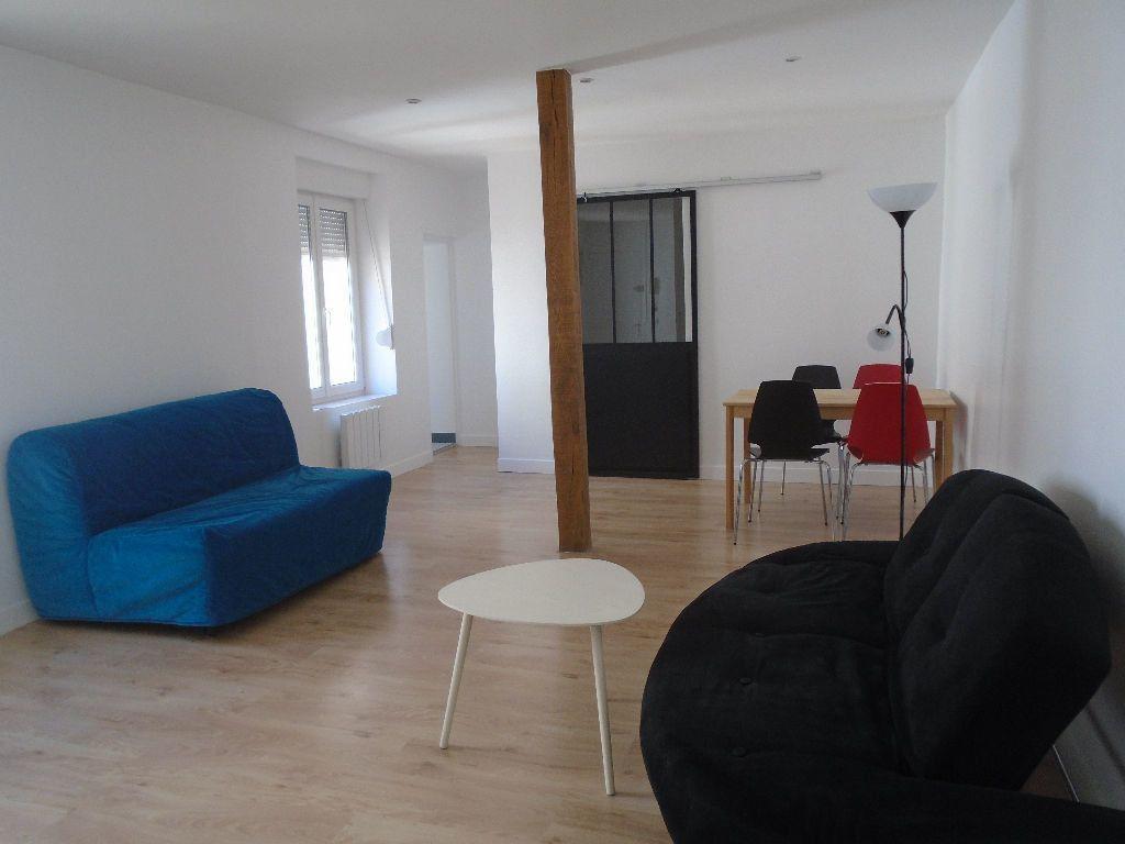 Appartement à louer 2 40.83m2 à Reims vignette-1