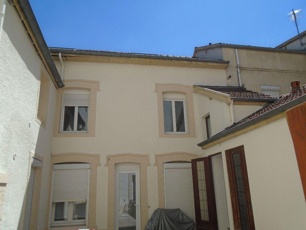 Appartement à louer 2 40.83m2 à Reims vignette-9