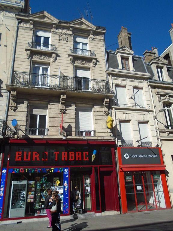 Appartement à louer 1 15m2 à Reims vignette-9