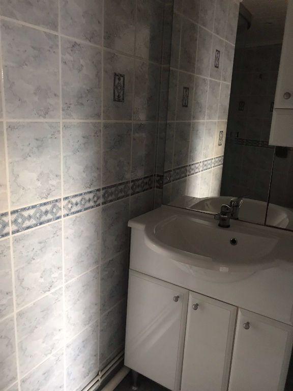 Appartement à louer 2 37m2 à Reims vignette-6