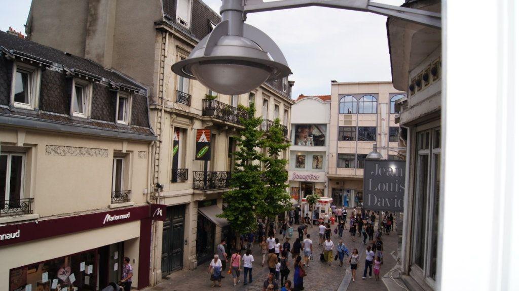 Appartement à louer 1 34.47m2 à Reims vignette-11