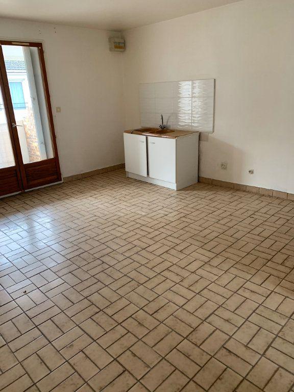 Appartement à louer 2 44.43m2 à Reims vignette-2