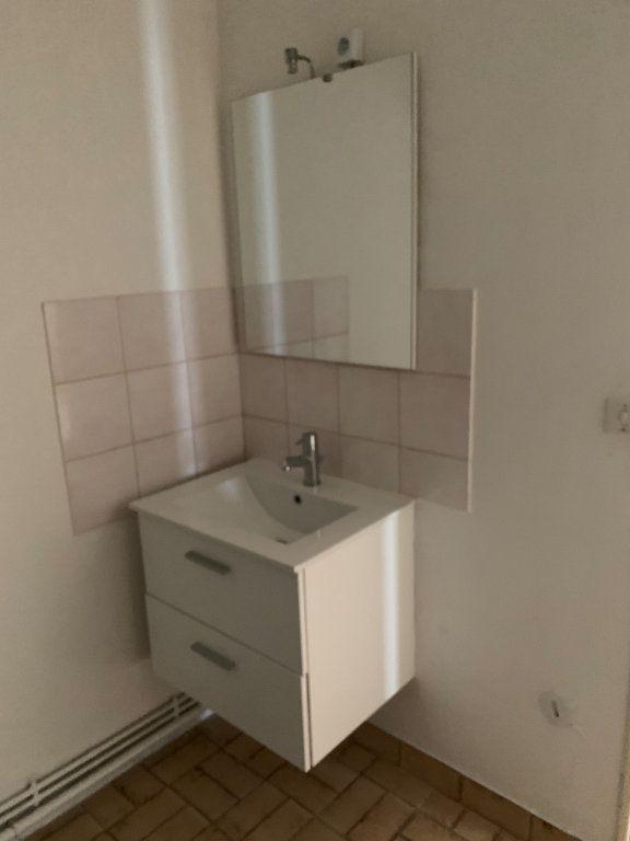Appartement à louer 2 44.43m2 à Reims vignette-4