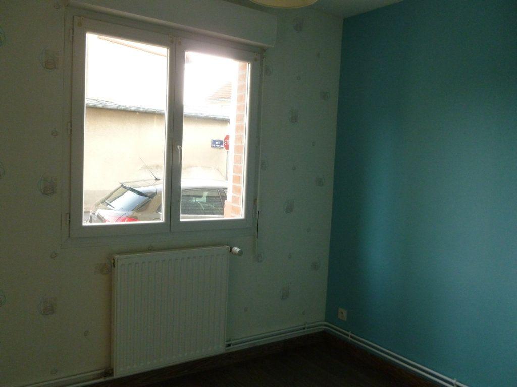 Appartement à louer 3 58m2 à Reims vignette-6