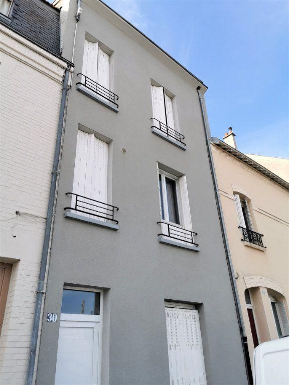 Appartement à louer 1 16m2 à Reims vignette-5