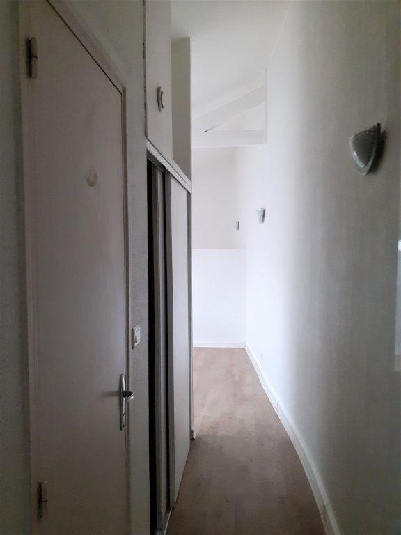 Appartement à louer 1 20m2 à Reims vignette-7