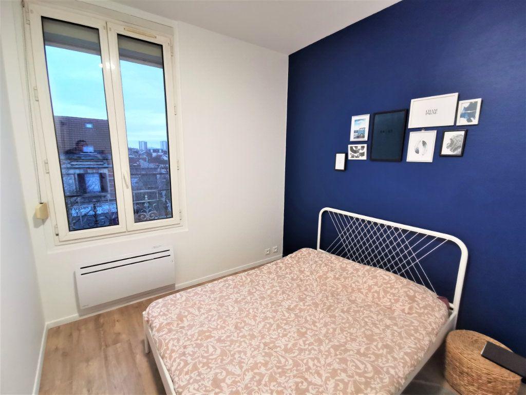 Appartement à louer 3 65.57m2 à Reims vignette-2