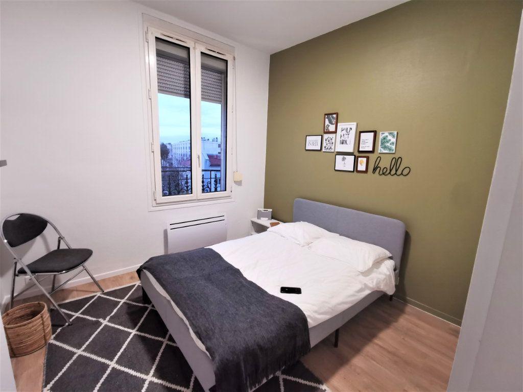 Appartement à louer 3 65.57m2 à Reims vignette-3