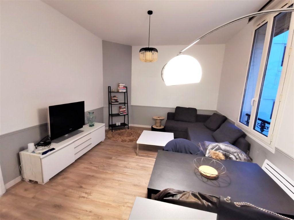 Appartement à louer 3 65.57m2 à Reims vignette-11