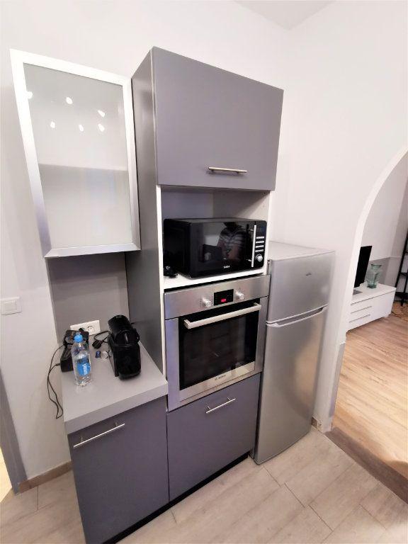 Appartement à louer 3 65.57m2 à Reims vignette-12